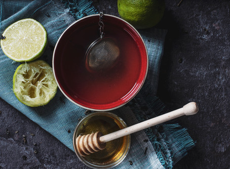 The 5 Healthiest Warm Drinks to Cozy Up with This Fall