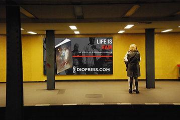 train-metro-underground-interior-design-art-design-986955-pxhere.com.jpg