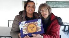 Rotary Club Ezpeleta entrego una bandera a la Sociedad de Fomento Bernal Sud