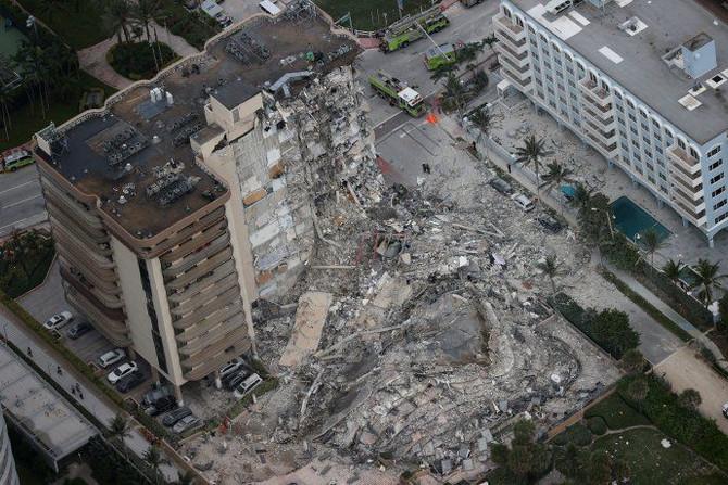 Derrumbe en Miami: Todavia se esperan los ultimas novedades