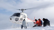 Heli Cat Skiing Japan