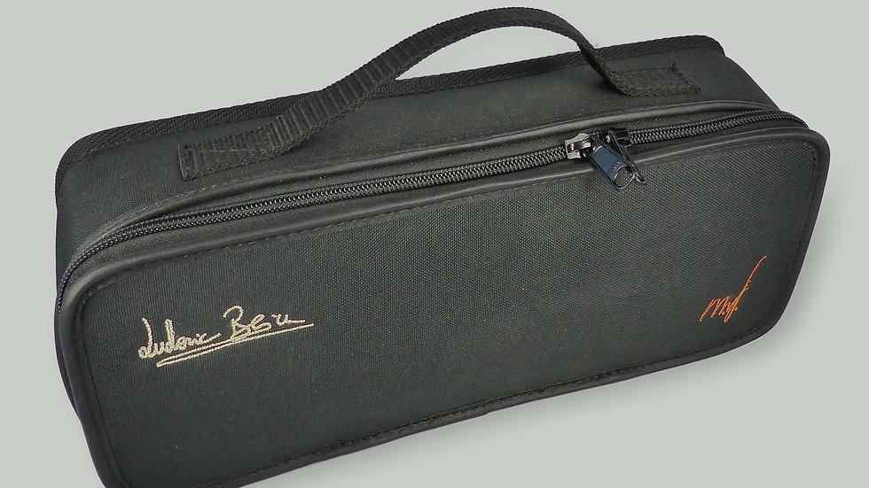 Etui signature Ludovic Beier, livré avec l'accordina