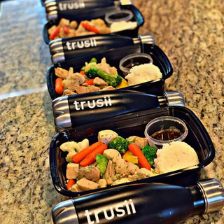 trusii, trusii bottles and meal prep