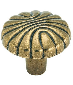 "Antique Brass Natural Elegance Shell Knob  1-1/4"""