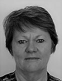 portrait robyn thorpe (Small) bw.jpg
