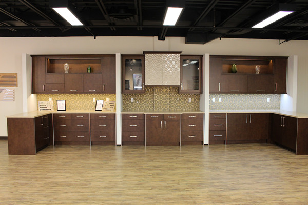 SHOWROOM CABINETRY