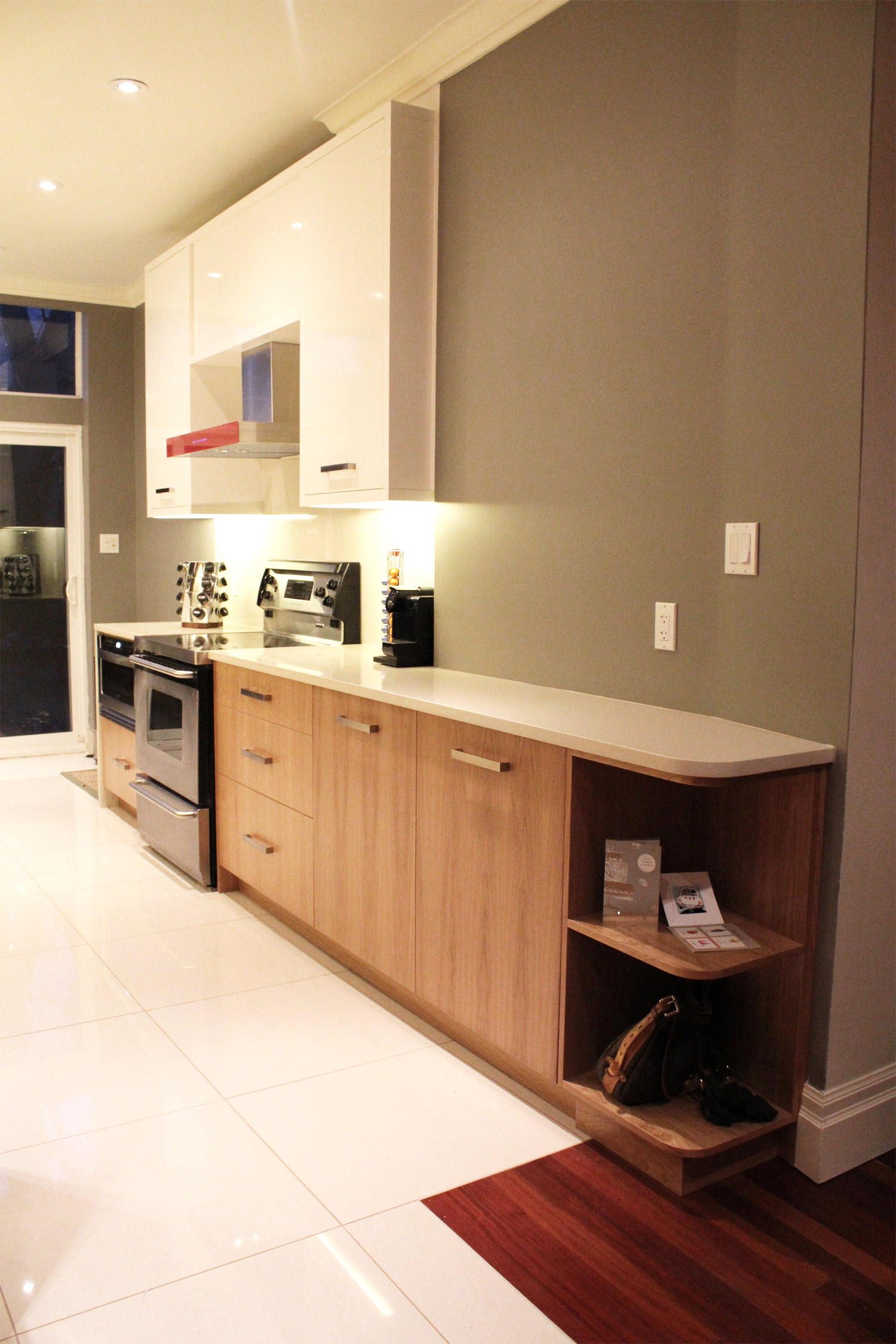 GALLEY STYLE TORONTO KITCHEN