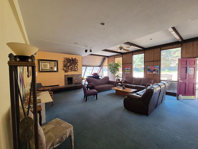 Wesley Lounge.jpg