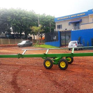 Carreta agricola plataforma de 20 pés