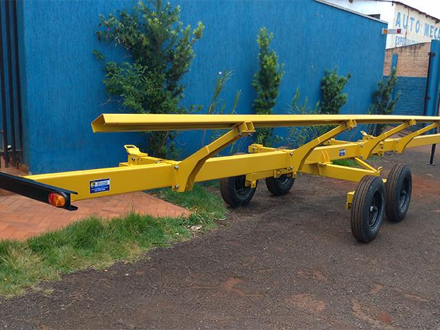 Carreta agricola para plataforma de milho e soja
