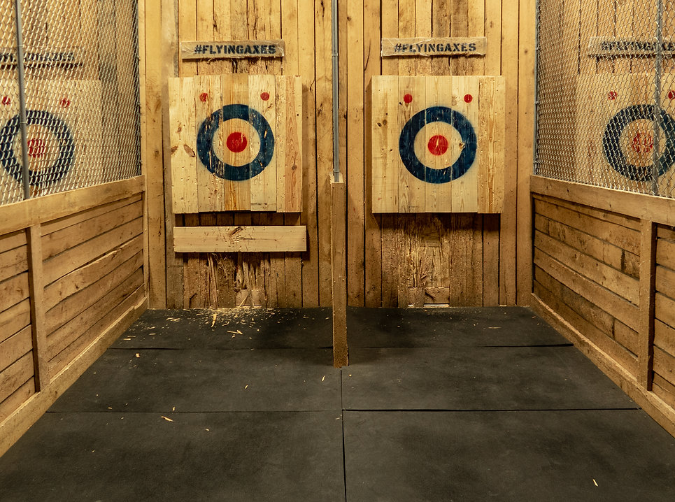 axe throwing.jpg