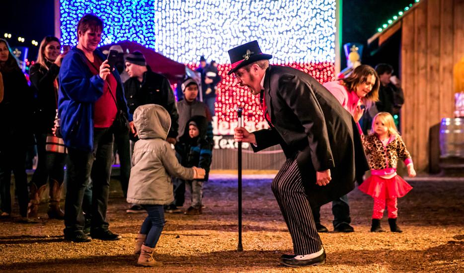 Santa's Wonderland Doc Tictock talking t