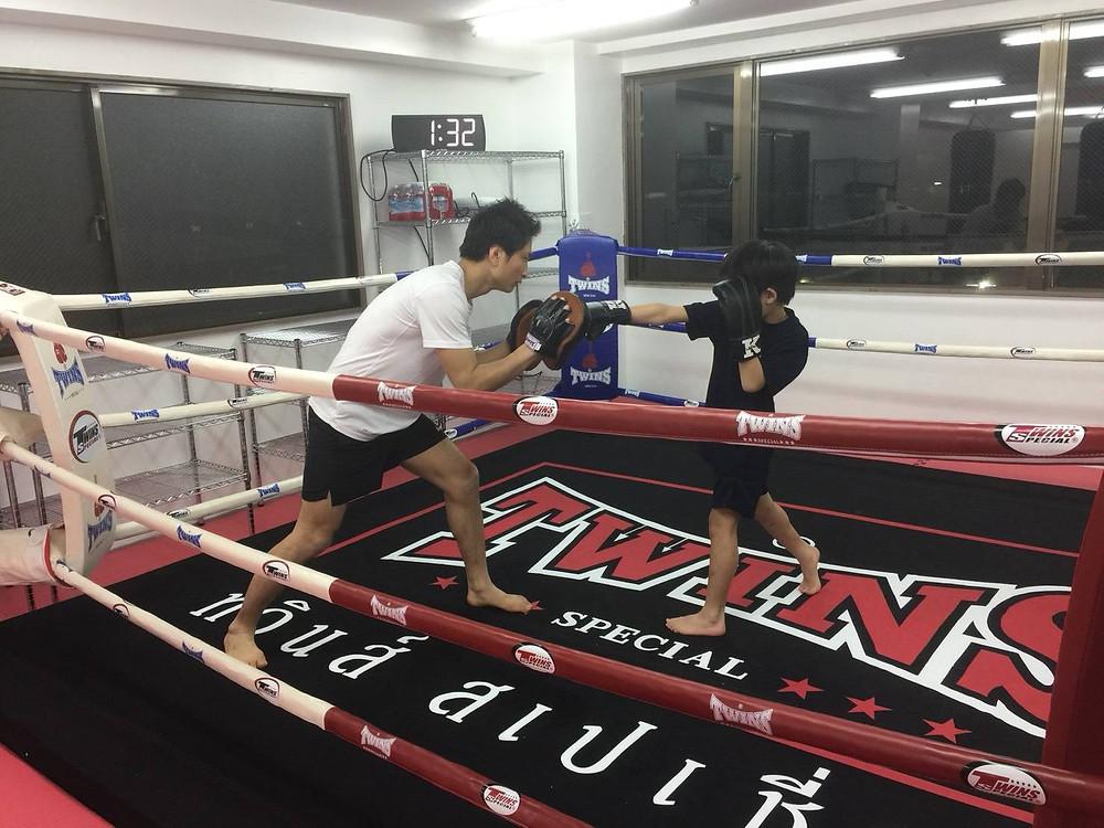 キックボクシング練習風景