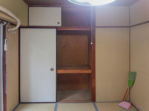Y様邸(川口市)-押入-B.jpg