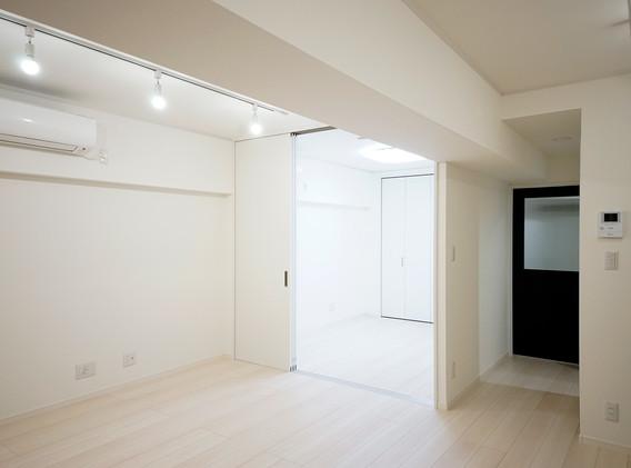 洋室を見る(2).jpg