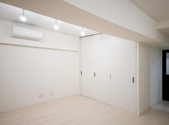 洋室を見る(1).jpg