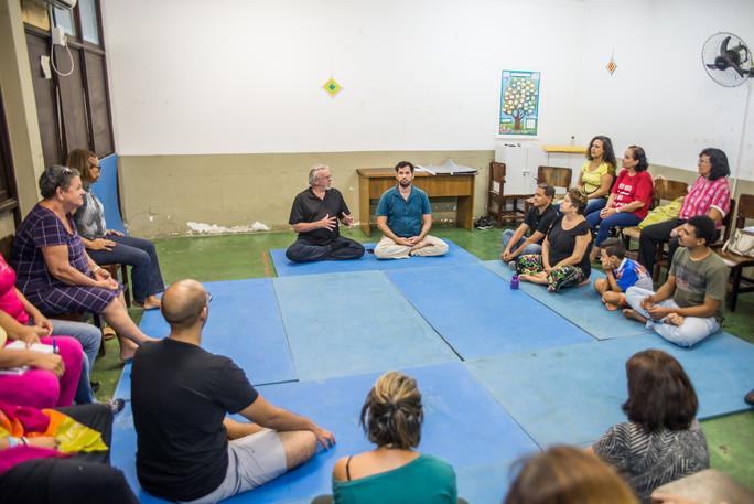 Grupo vivencial de meditação Atentamente