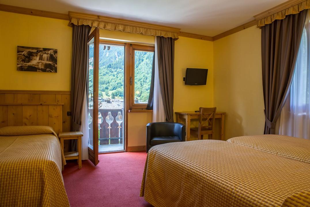 camere-hotel-crampon-courmayeur01.jpg