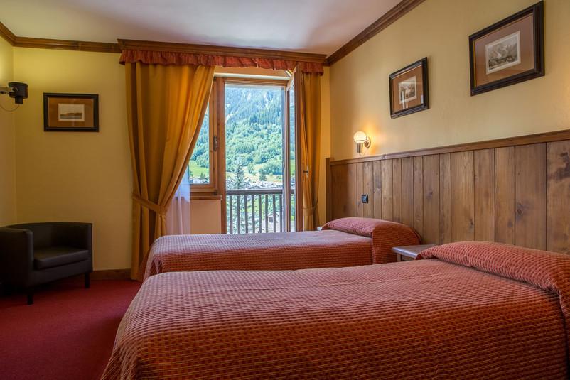 camere-hotel-crampon-courmayeur02.jpg