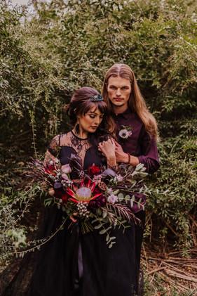 Couple & Bouquet