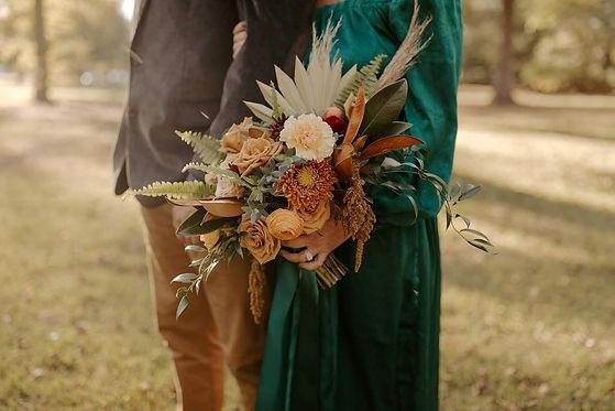 Hayley + Tye _ Modern Autumn Styled Anni