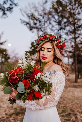 Bridal Bouquet & Crown