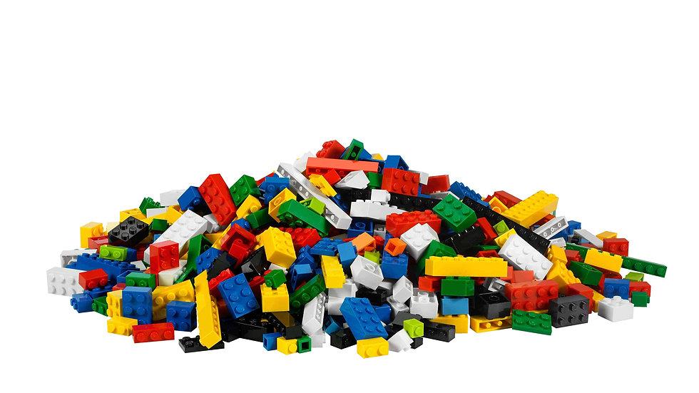 lego-pile-uhd-4k-wallpaper.jpg