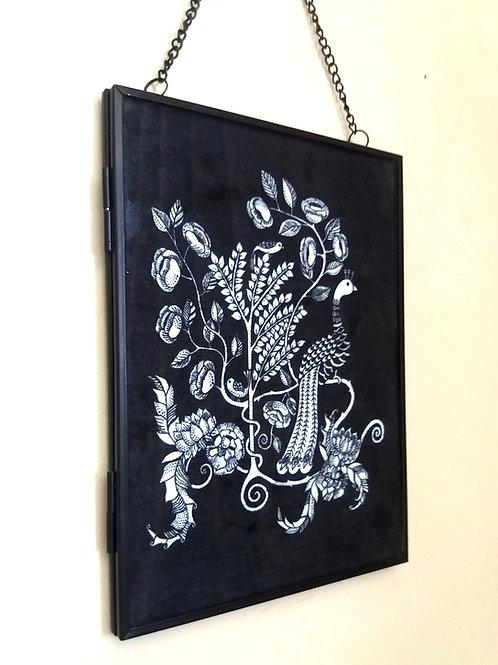 Framedvelvet fabric Art print - Peacock Nouveau