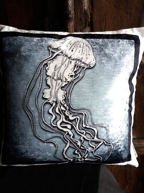 Jellyfsh Cushion - Bayeux Velvet