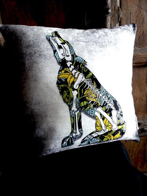 Wolf Cushion - Kiyiya (Bayeux Velvet)