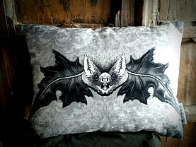 Mr. Bat - Grey (Bayeux Velvet)