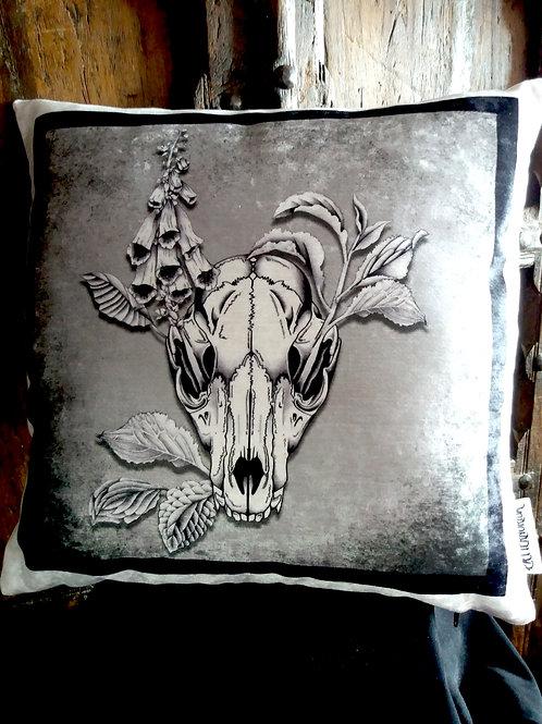 Fox Skull Cushion - Grey (Bayeux Velvet)
