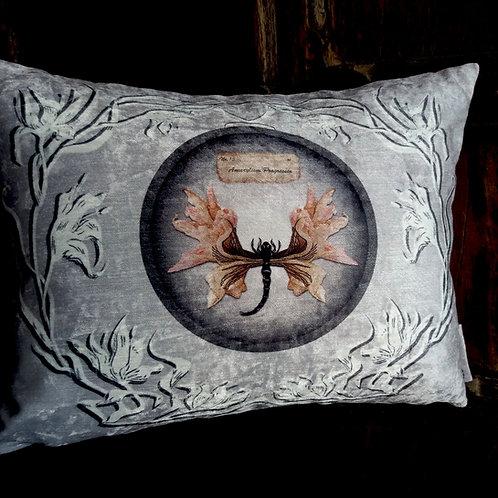 Mutation Botanica Cushion - Amaryllis 2 (Bayeux Velvet)