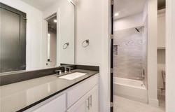 Mills bathroom (1)