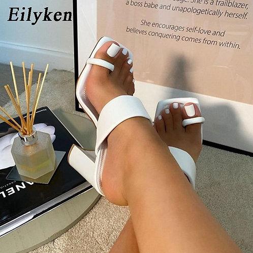 Eilyken 2021 New Design Clip Toe Narrow Band Female Slippers Outdoor Fashion Blo