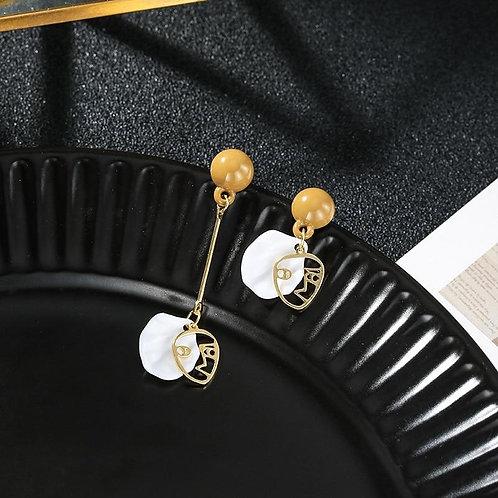 2020 New Arrival Vintage Geometric Asymmetric Face Shell Long Dangle Earrings Fo