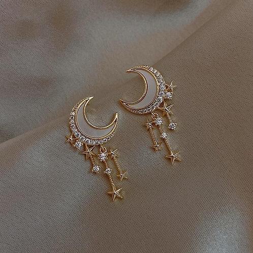 2020 New Arrival Trendy Acrylic Moon Dangle Earrings For Women Temperament Fashi