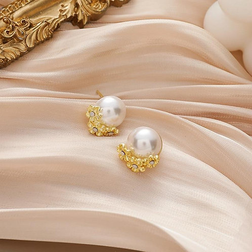 2020 New Arrival Trendy Small Round Simulated-pearl Flower Stud Earrings For Wom