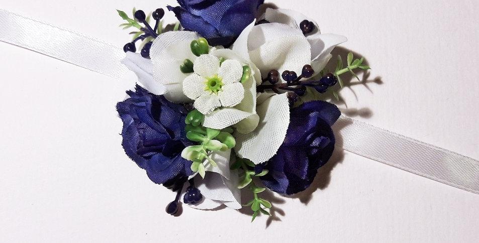 Květinový náramek modrý