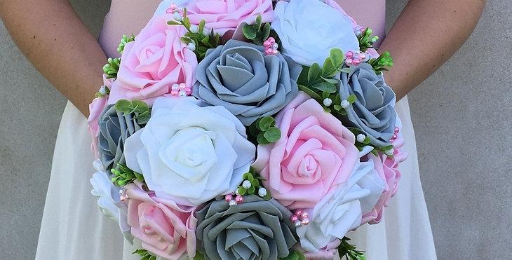 Svatební kytice - pěnové růže