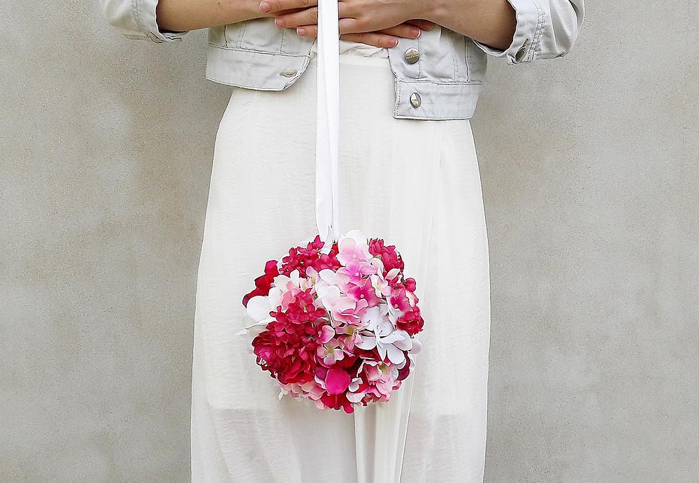 svatební kytice koule