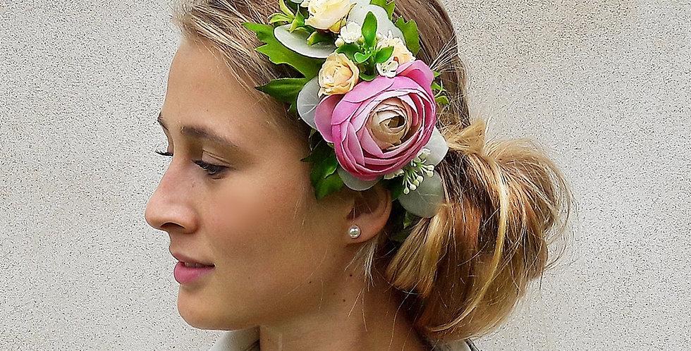 Květinový věneček na svatbu