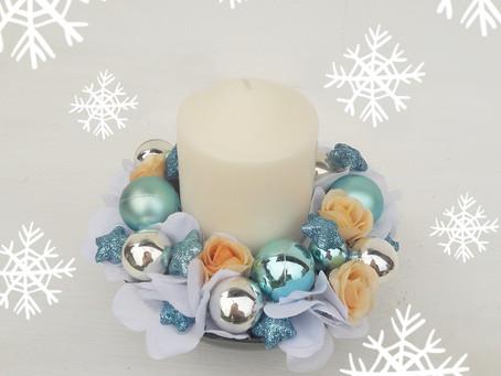Vánoční květinové dekorace