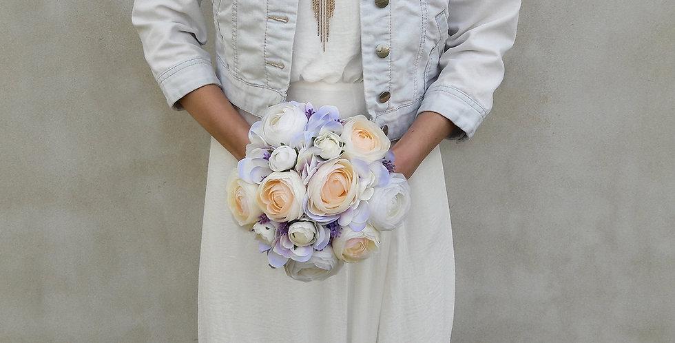 Svatební kytice biedermeier