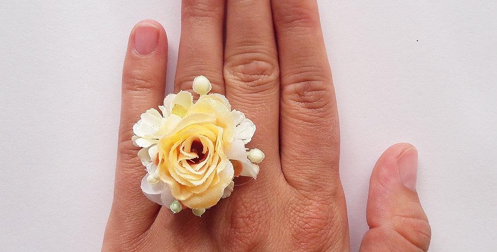 Prsten z květin - klémulka