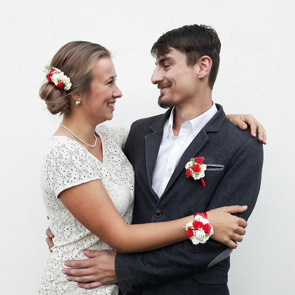 Svatební kolekce - červené růžičky