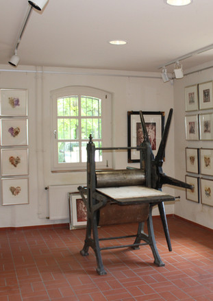 Radierpresse  in der Galerie.jpg