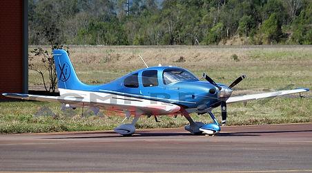pp-lau-private-cirrus-sr22-xi_Planespott