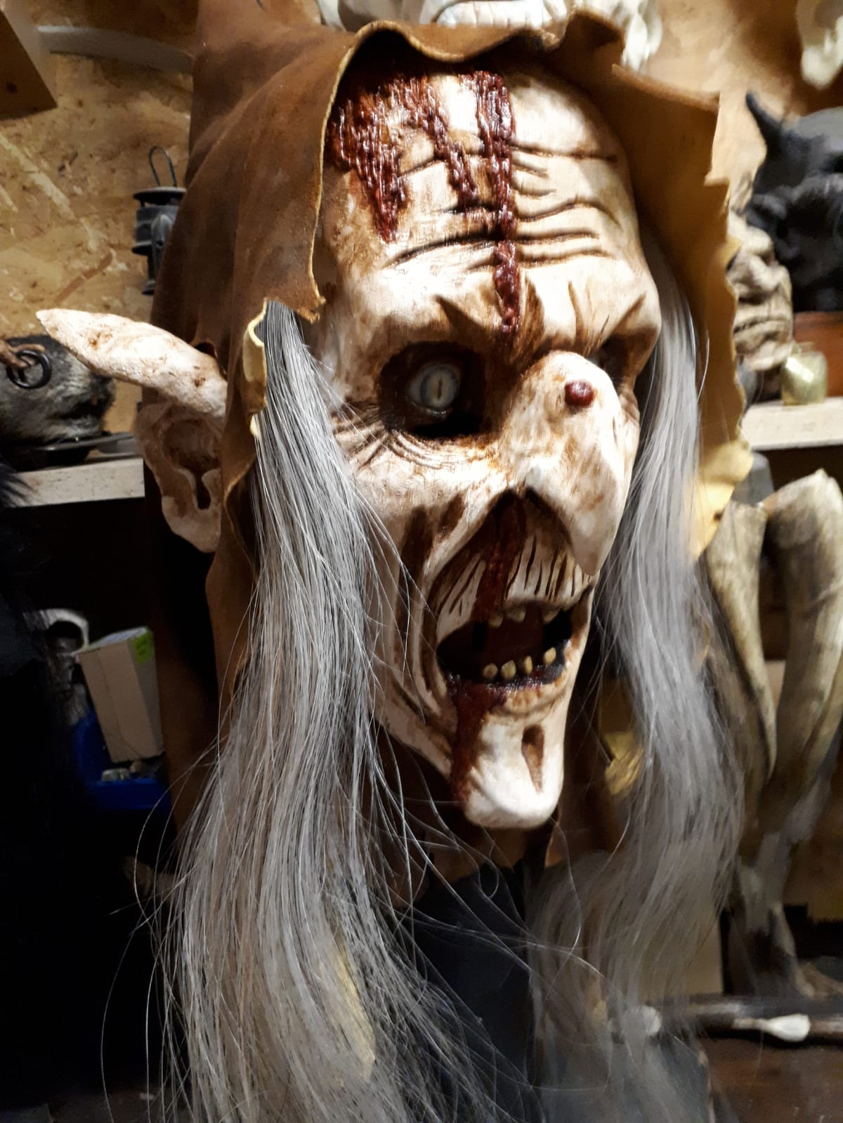 Maske11