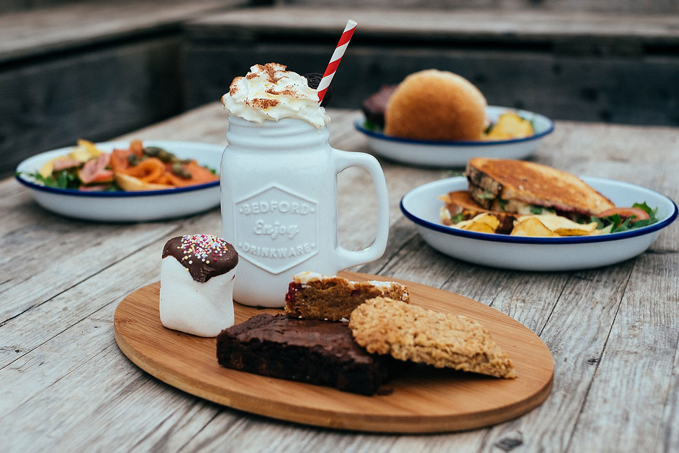 foxlake-boardside-cafe-cake.jpg
